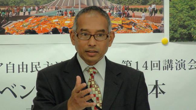 プロビール・ビカシュ・サーカー(シャーカー)氏